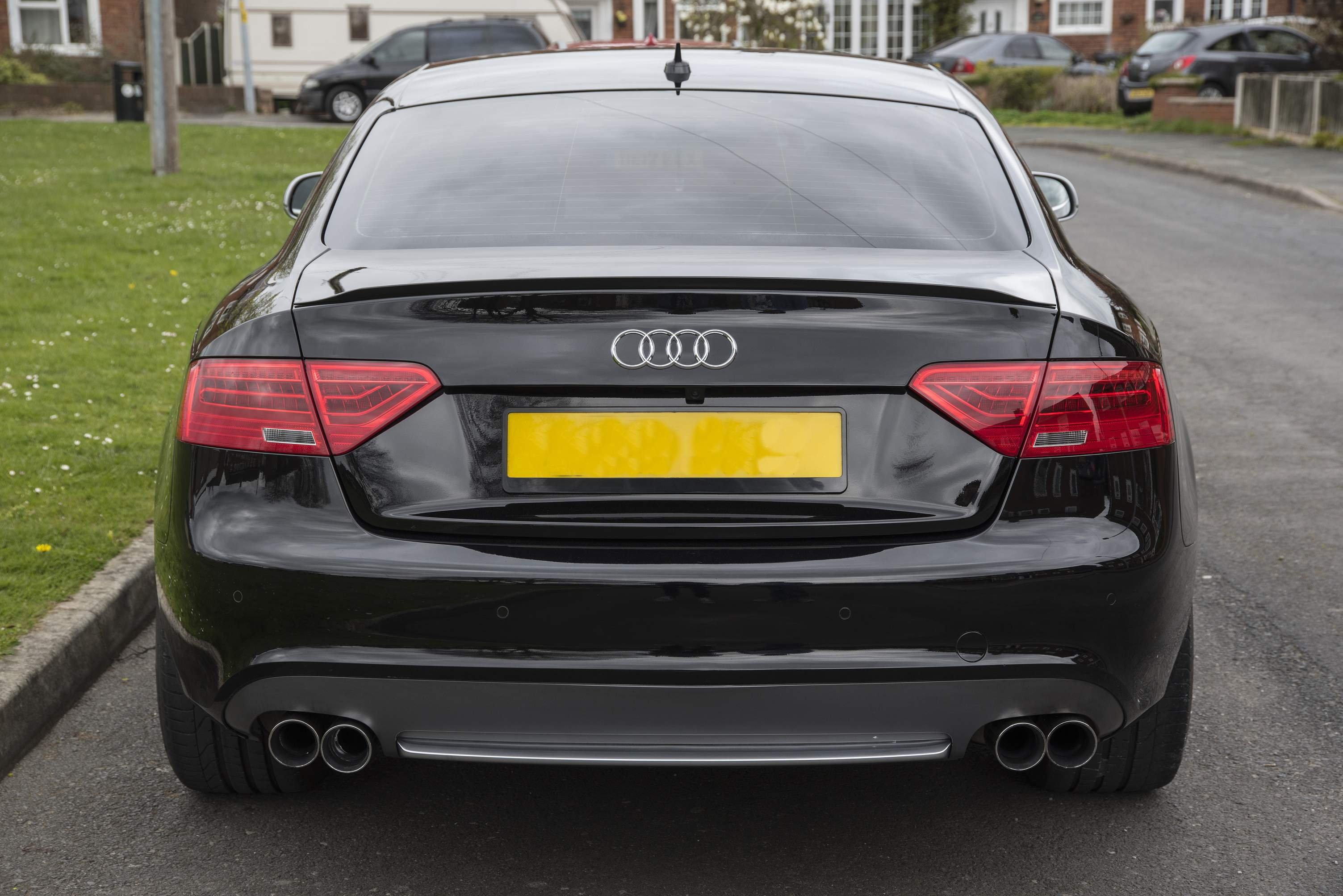 Read this if you are installing Rear Reversing Camera | Audi