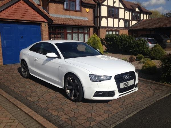 Showcase cover image for Adamhadders's 2014 Audi A5 2.0 TDI Manual Black Edition (177Ps)